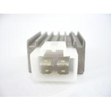 Реле зареждане -EU- бяла букса 4-пина- GY6 (4-тактов) 50-125 cc (139QMA/B, 152QMI, 157QMJ)